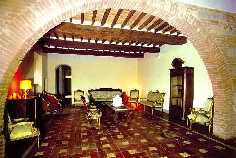 Inside the self catering Tuscany villa
