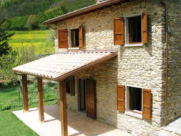 La Casetta, a house to rent in Lunigiana, Tuscany
