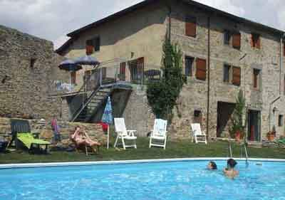 La Vista, a house to rent in Lunigiana, Tuscany